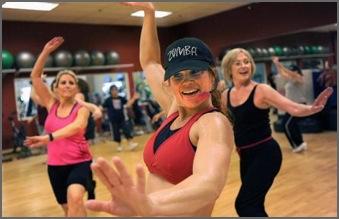 trotz rückenschmerzen ins fitnessstudio